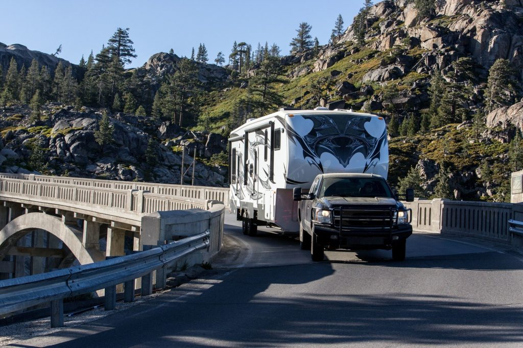 Travelling Towable RV