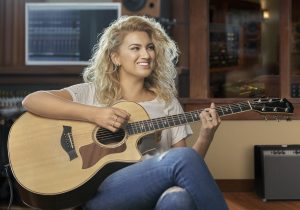Tori Kelly Guitar