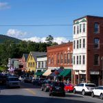 5 Reasons to Start Your Business in a Small Town